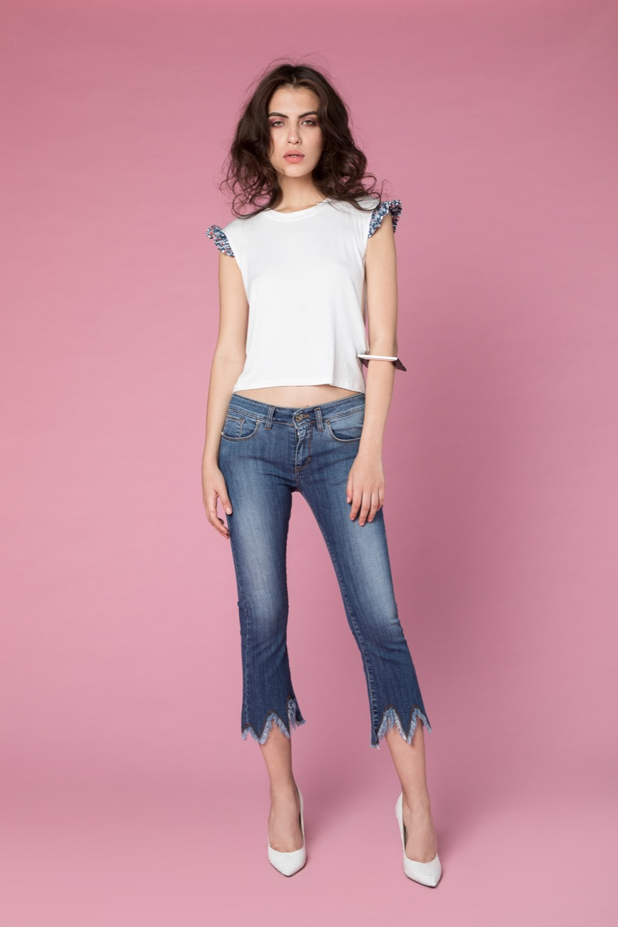 t-shirt, jeans H2O